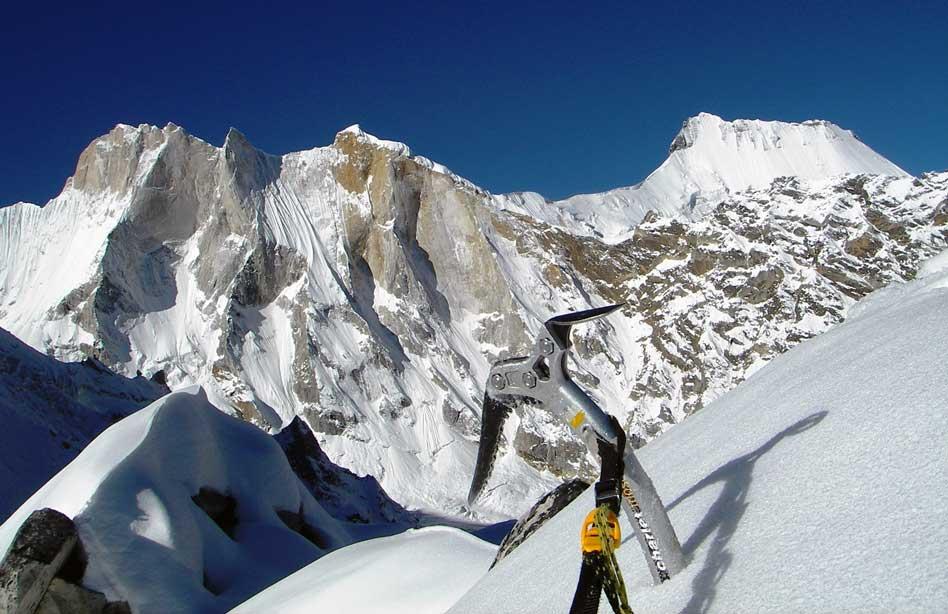 Mountain_climbing_himalaya
