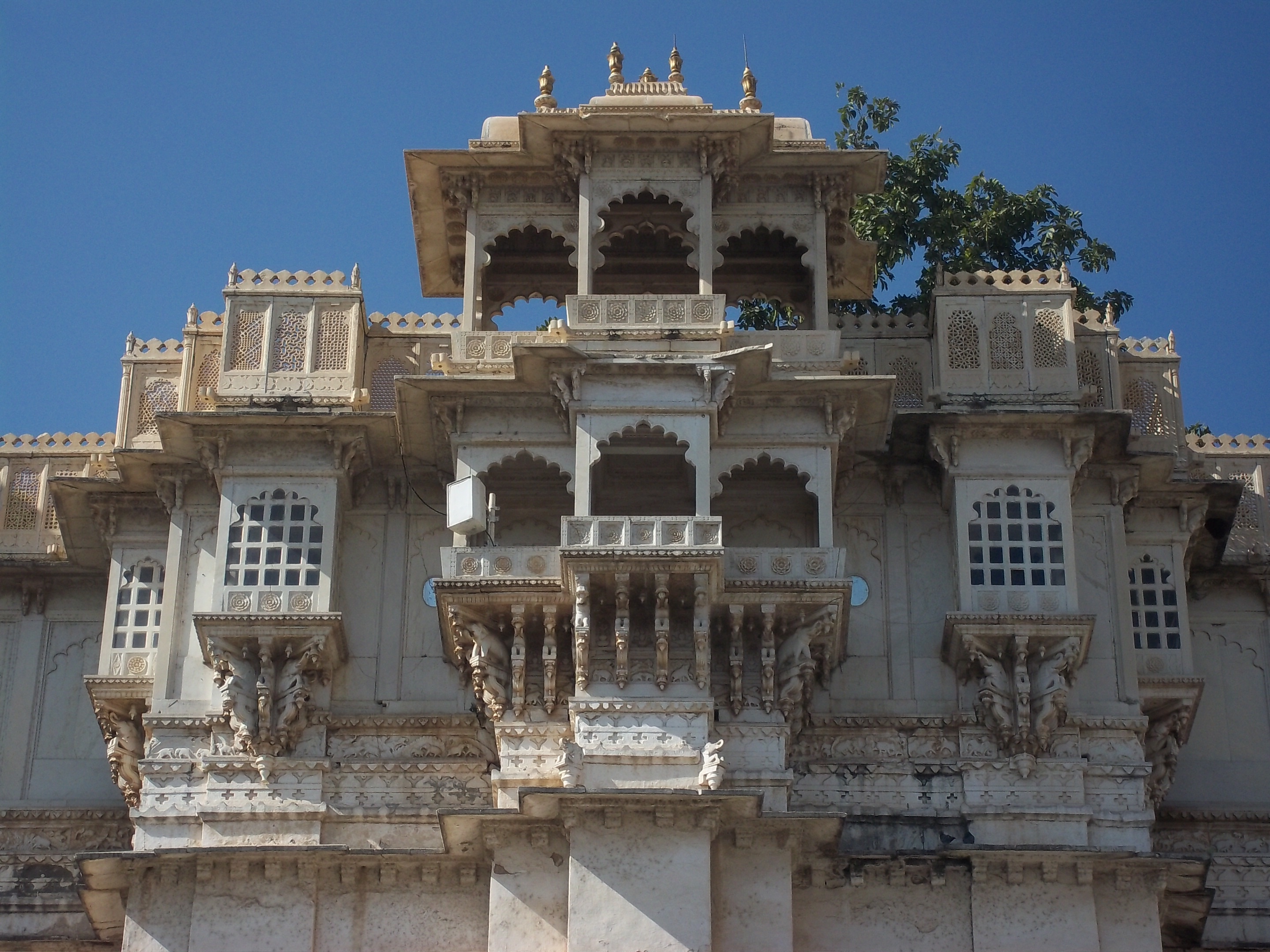 city_palace_udaipur_1