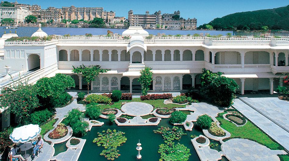 Taj_Lake_Palace_Udaipur